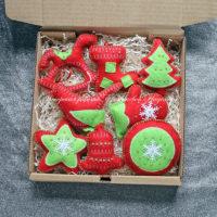 Набор красно-зеленых елочных игрушек из фетра (№13168, Готовая работа, 3000р.)