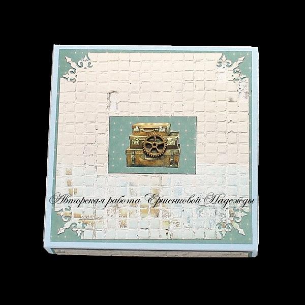 Голубая открытка для мужчины (в коробочке), с днем рождения